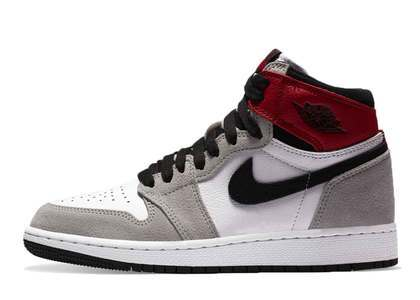 Nike Air Jordan 1 Retro High OG Light Smoke Grey (GS)の写真