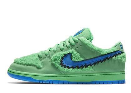 Grateful Dead x Nike SB Dunk Low Green Bearの写真