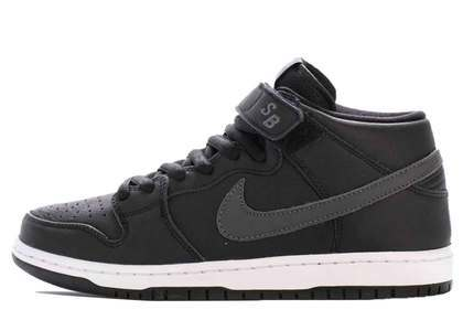 Nike SB Dunk Mid Pro Black Leather Collectionの写真