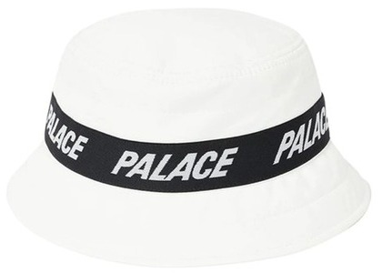 Palace Puffa Bucket White  (FW20)の写真