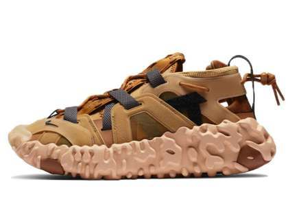 Nike ISPA OverReact Sandal Wheatの写真