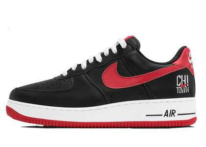 Nike Air Force 1 Low Chicago の写真