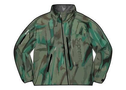 Supreme GORE-TEX Paclite Shell Jacket Camo (SS21)の写真