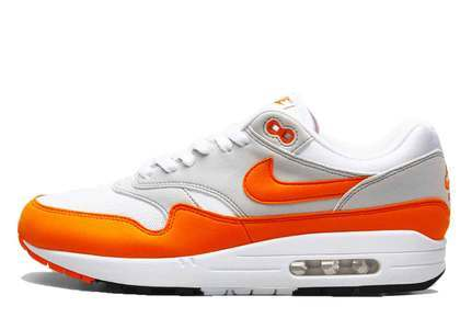 Nike Air Max 1 Anniversary Magma Orangeの写真