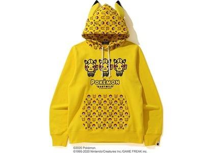 Bape x Pokemon Pullover Hoodie Yellow (FW20)の写真