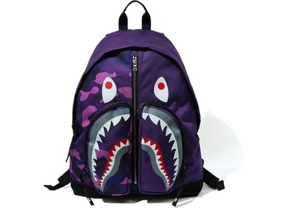 BAPE Color Camo Shark Day Pack (FW20) Purple (FW20)の写真
