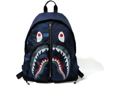 BAPE Color Camo Shark Day Pack (FW20) Navy (FW20)の写真