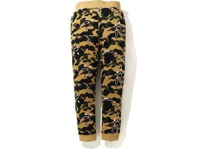Bape Shark 1st Camo Sweat Pants FW20 Yellow (FW20)の写真
