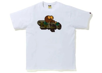 Bape 1st Camo Milo on Bape Tee White/Green (FW20)の写真