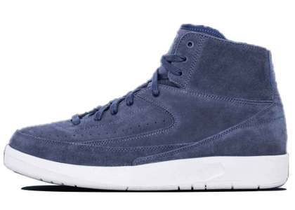 Nike Air Jordan 2 Retro Decon Thunder Blueの写真