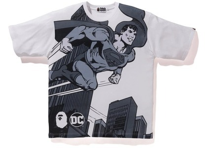 Bape x DC Superman Relaxed Tee White (FW20)の写真