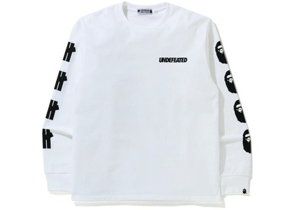 Bape x Undefeated 2 Long Sleeve Tee White (FW20)の写真