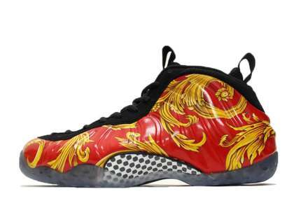 Supreme × Nike Air Formposite One Redの写真