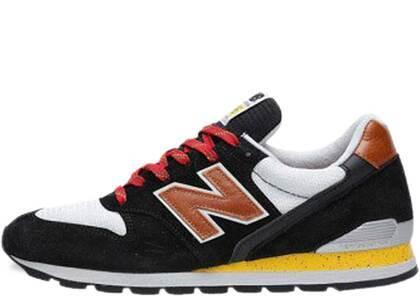 New Balance 996 Black Brown Yellowの写真
