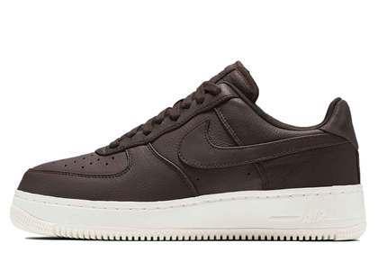 NikeLab Air Force 1 Low Velvet Brown の写真