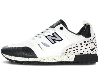 New Balance Trailbuster Undefeated Whiteの写真