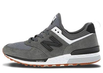 New Balance 574 Sport Grey Black Gumの写真