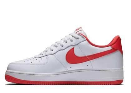 Nike Air Force 1 Low Retro University Red の写真