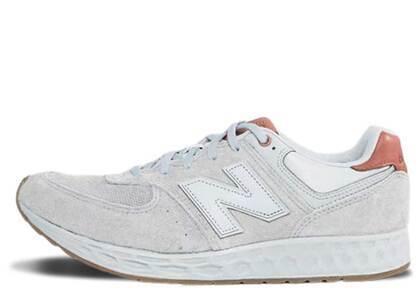 New Balance 574 Fresh Foam Grey Brownの写真