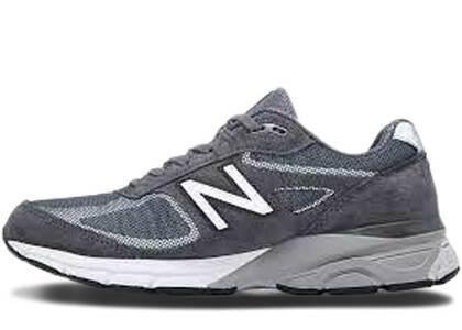 New Balance 990v4 Dark Greyの写真