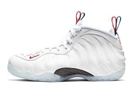Nike Air Foamposite One USA Womens の写真