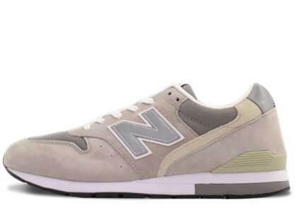 New Balance 996 Grey Beigeの写真