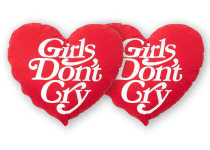 Girls Don't Cry Pillow Red GDC Logoの写真