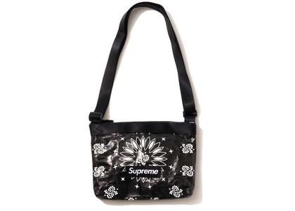 Supreme Bandana Tarp Side Bag Black (SS21)の写真