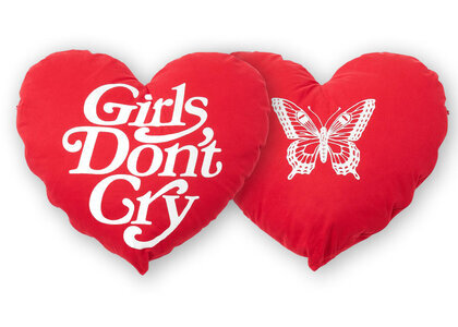 Girls Don't Cry Pillow Butterfiy Logoの写真