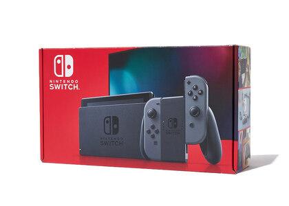 Nintendo Switch グレー (バッテリー持続時間が長くなったモデル)の写真