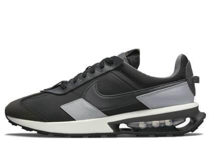Nike Air Max Pre-Day Blackの写真