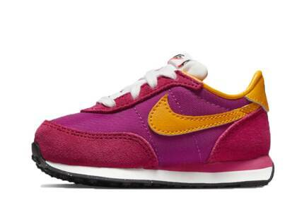 Nike Waffle Trainer 2 Fireberry TDの写真