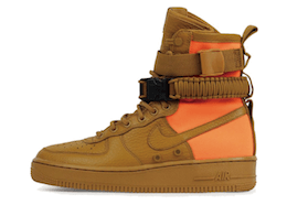Nike SF Air Force 1 High Desert Ochreの写真