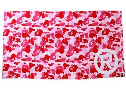 Bape ABC Camo Beach Towel Pink (SS21)の写真