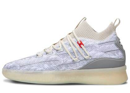Puma Clyde Court Disrupt Peace On Earthの写真