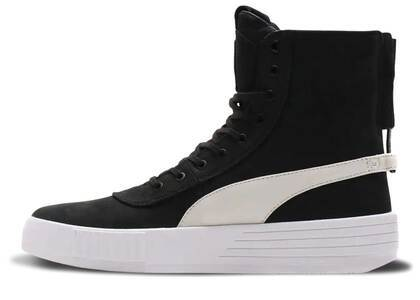 Puma Parallel The Weeknd Black Whiteの写真