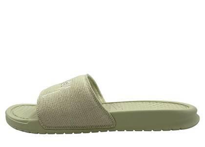 Stussy × Nike Benassi Sandal Stone の写真