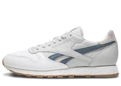 Reebok Classic Leather Extra Butter x Urban Outfittersの写真
