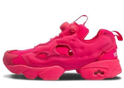 Reebok Instapump Fury Vetements Fluorescent Pinkの写真