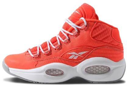 Reebok Question Mid Only the Strong Surviveの写真