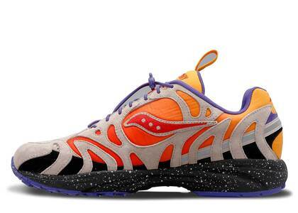 Saucony Grid Azura Astrotrail Pack Fireの写真
