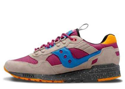 Saucony Shadow 5000 Astrotrail Pack Airの写真