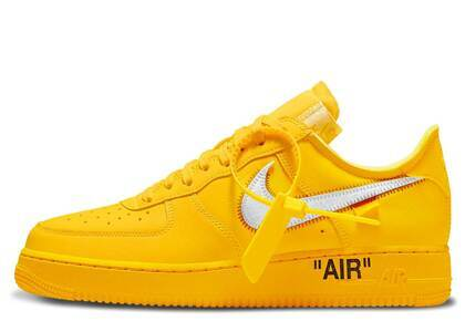 Off-White × Nike Air Force 1 Low University Goldの写真