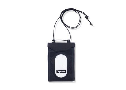 Supreme × The North Face Summit Series Outer Tape Seam Neck Pouch Black (SS21)の写真