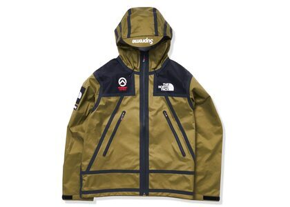 Supreme × The North Face Summit Series Outer Tape Seam Shell Jacket Khaki (SS21)の写真