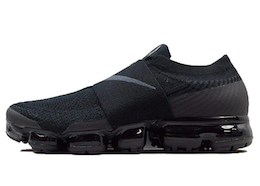Air VaporMax Moc Triple Blackの写真