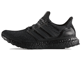 adidas Ultra Boost 4.0 Triple Blackの写真