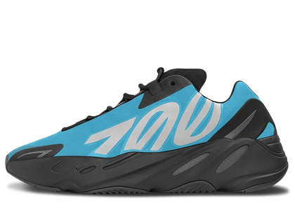 Adidas Yeezy Boost 700 MNVN Bright Cyanの写真