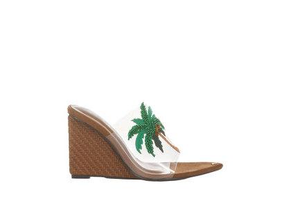 YELLO Coco Babe Wedge Sandals  Greenの写真
