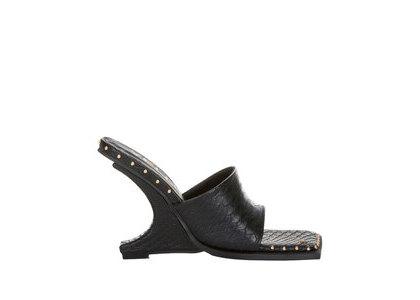 YELLO Draak Deformed Wedge Sandals Blackの写真